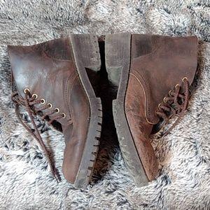 Trapeze Kangaroo Boots
